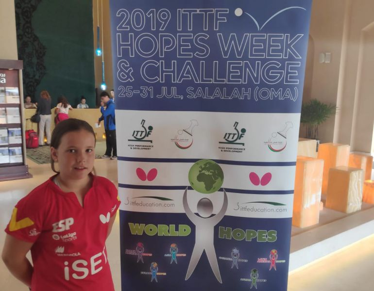 Maria Berzosa participando en el ITTF World Hopes Week & Challenge
