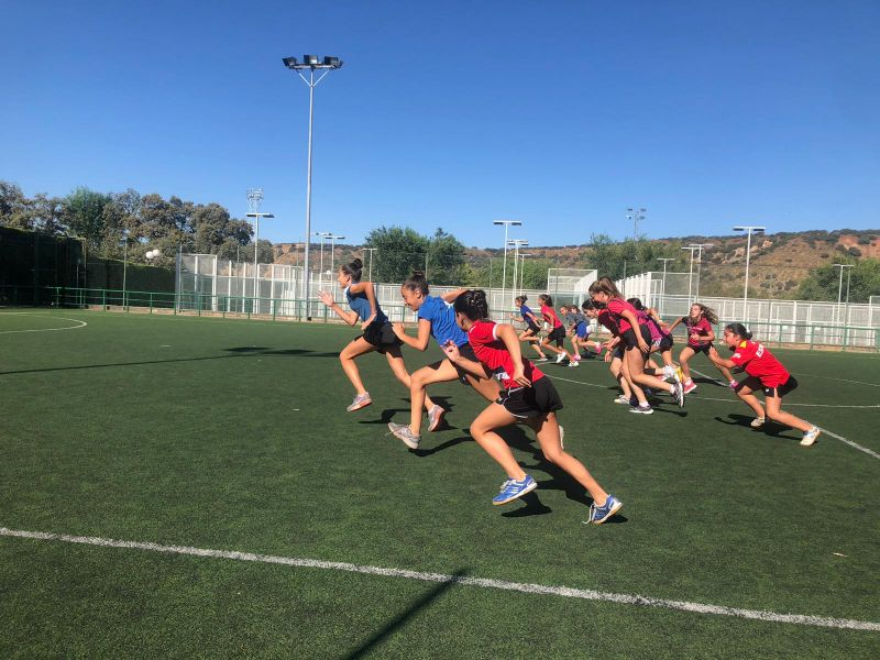 Deportistas trabajando de la concentración en Jaén del Programa Mini Spin