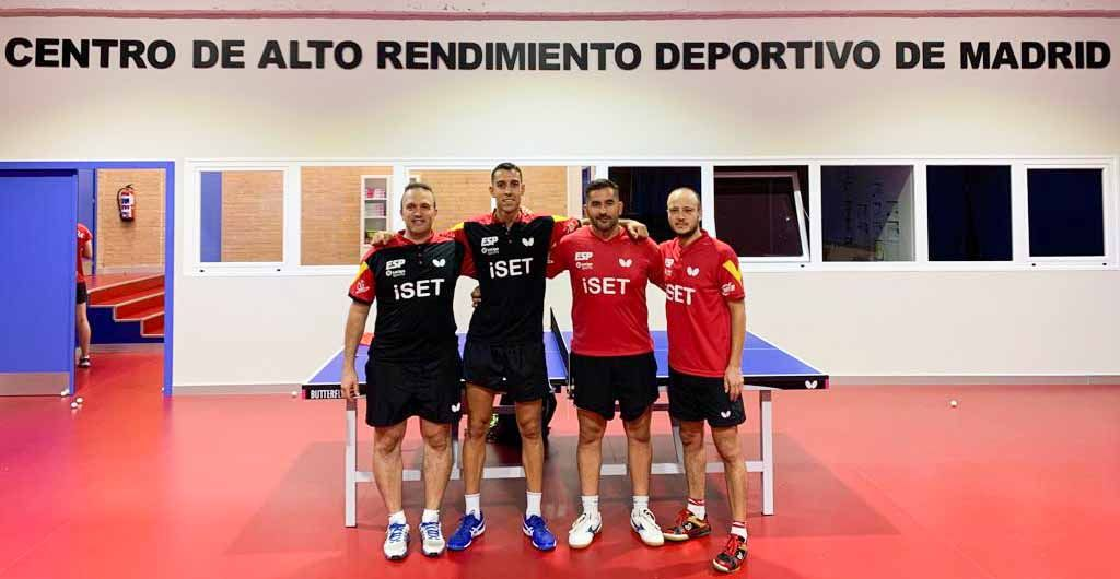 Equipo masculino en el CAR de Madrid