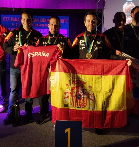 Álvaro Valera y Jordi Morales tras ganar el oro por Equipos en el Campeonato de Europa Para Personas con Discapacidad 2019