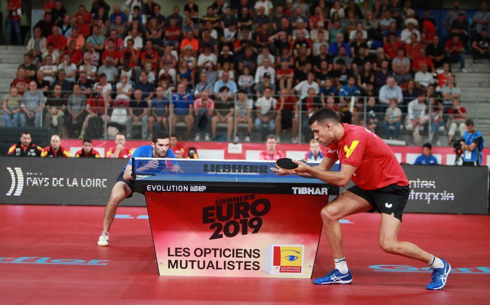 Álvaro Robles vs Simon Gauzy