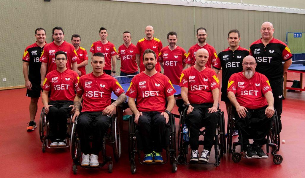 Equipo Paralímpico Español se reúne en la sala de tenis de mesa del CAR de San Cugat