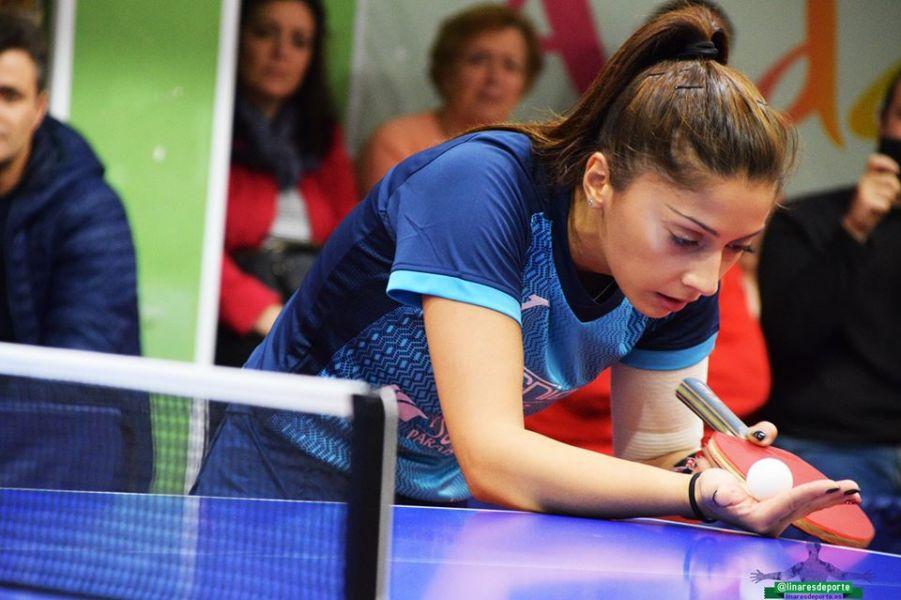 Roxana Istrate, jugadora Tecnigen Linares. (Foto: Linares Deporte)