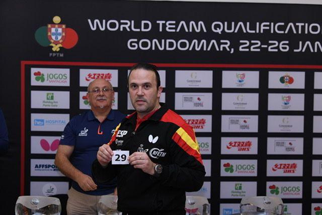 Victor Sánchez selecciona la línea del cuadro de la Selección Española Masculina