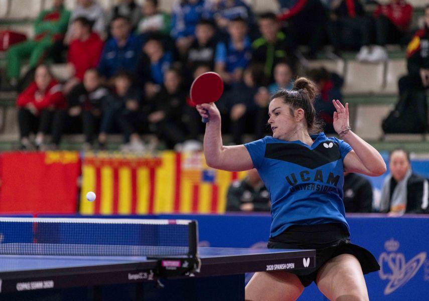 Ana García jugando con UCAM Cartagena TM (Foto: Alvaro Diaz)