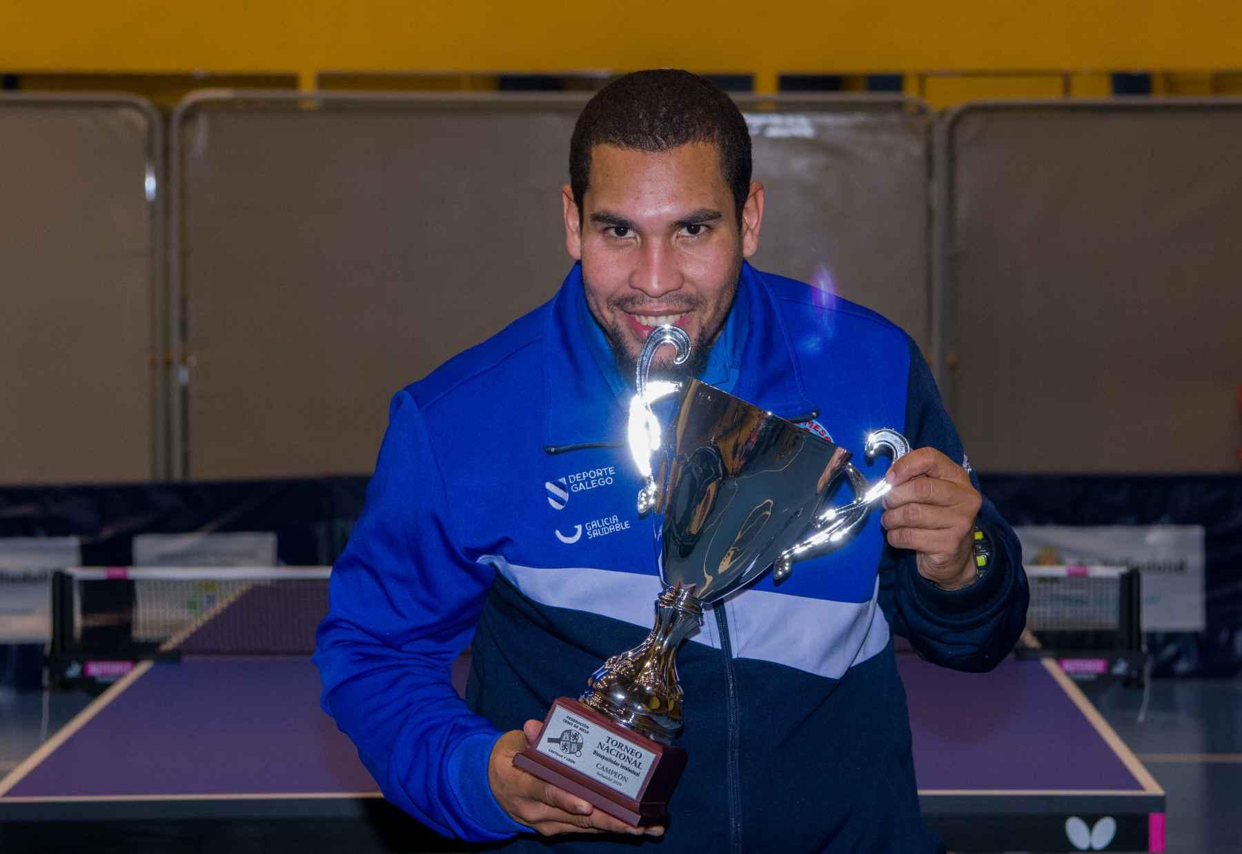 Denisos Martínez, campeón de Clase 11