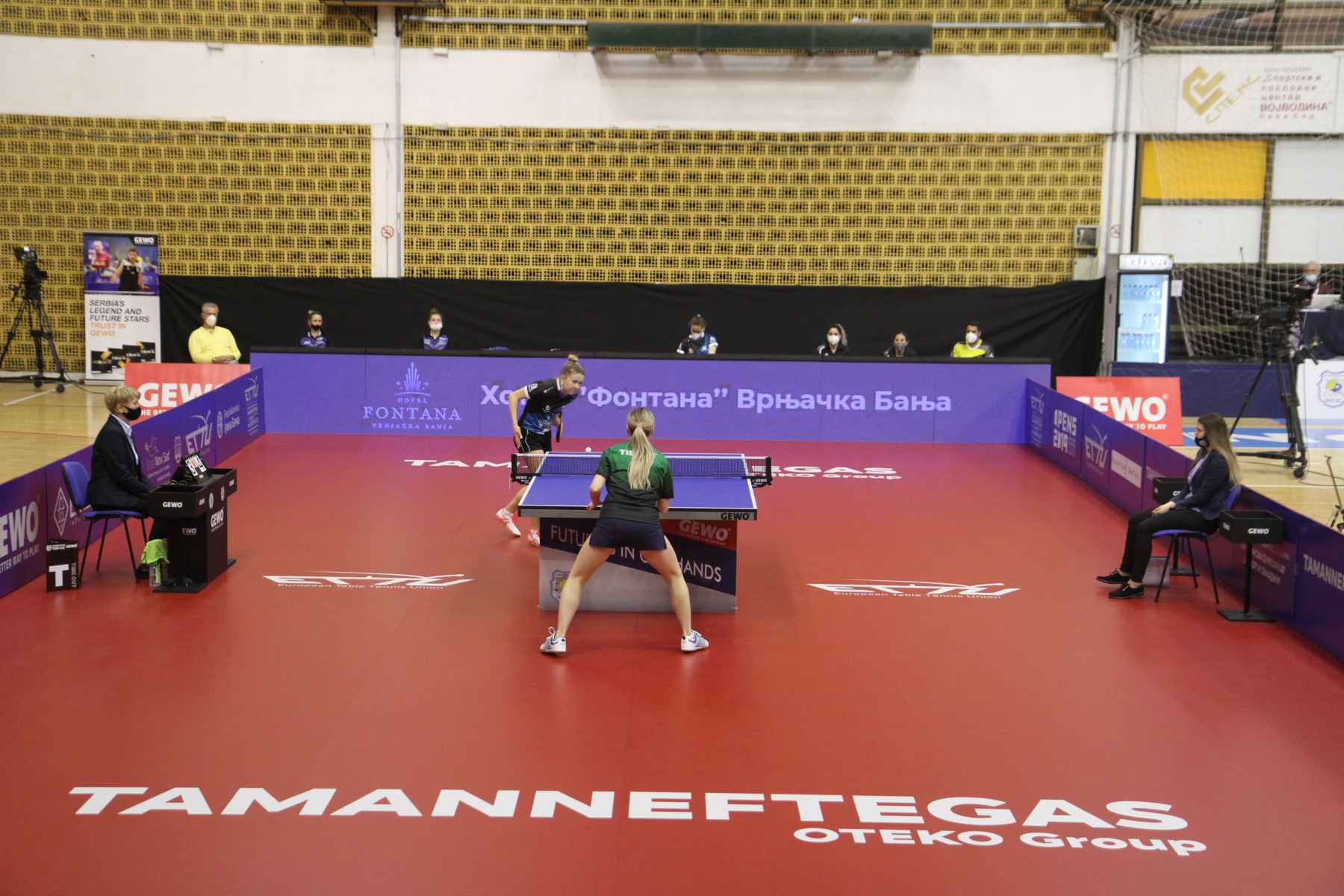 Irina Ermakova, jugadora del Alicante TM, disputando la Europe Cup Women