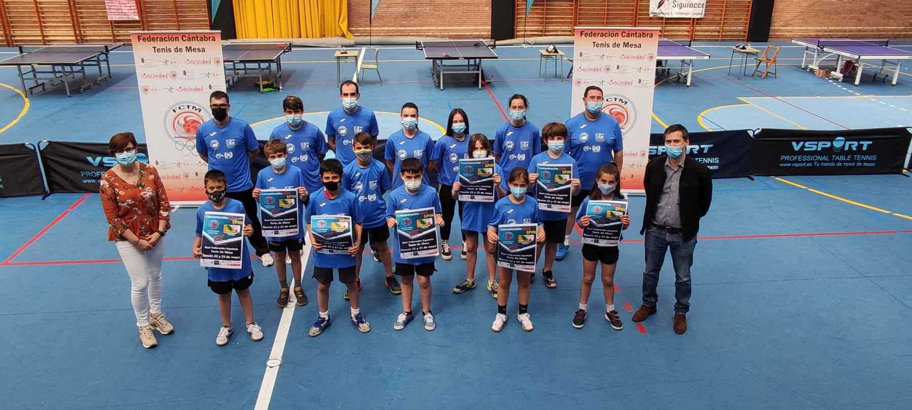 Foto de familia 17º Concentración Cantabria-Aragón
