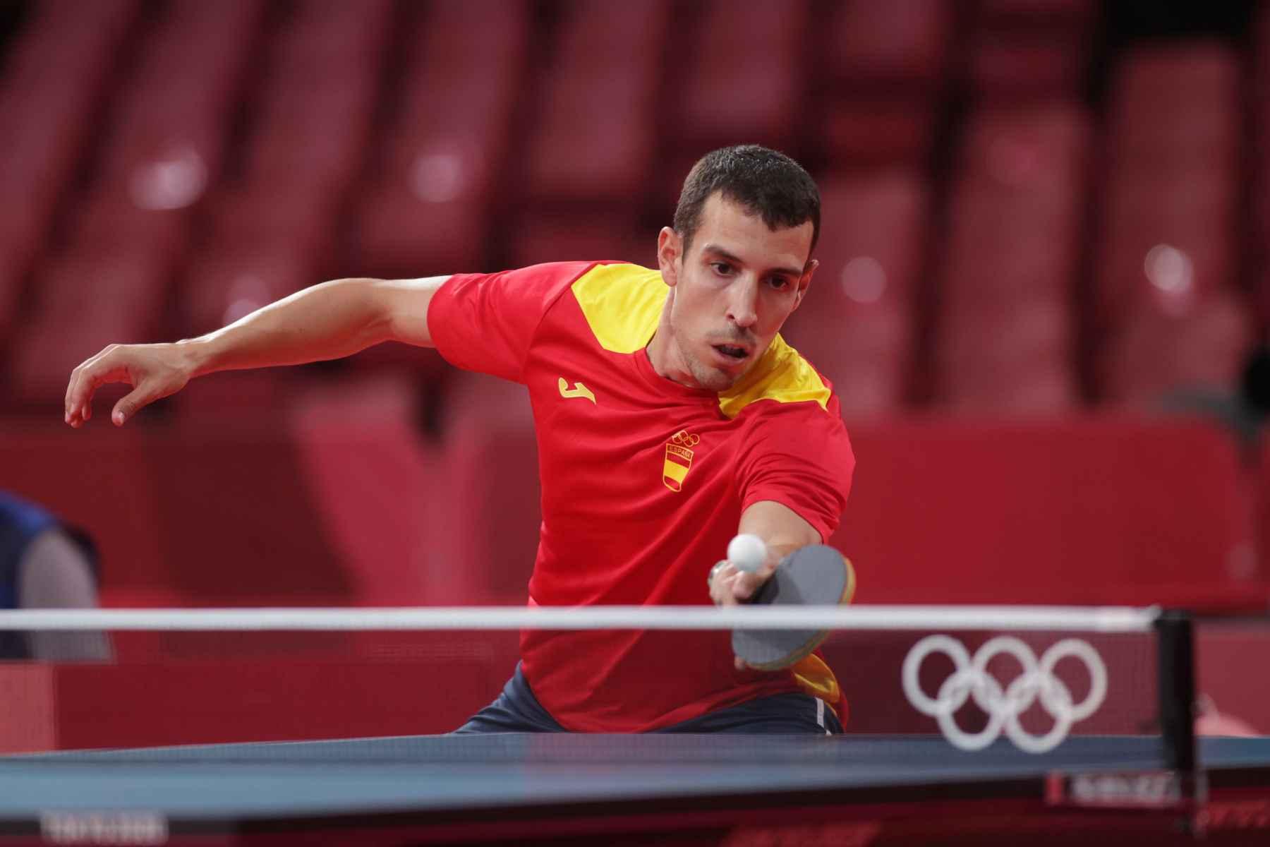 Alvaro Robles disputando los Juegos Olímpicos de Tokyo 2020 (Foto: ITTF)